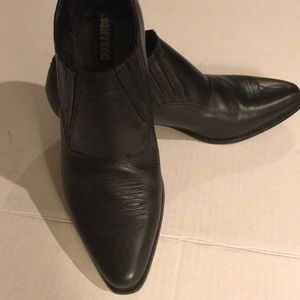 Durango Black Pointed Shoes Size 8.5
